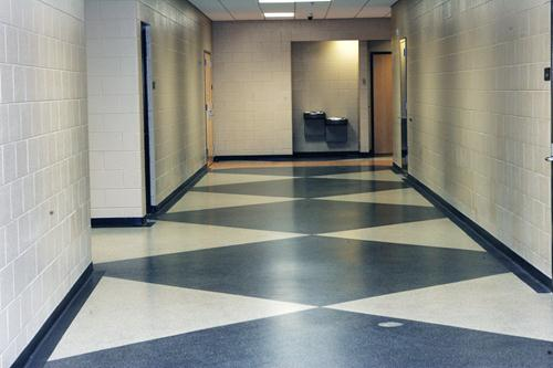 stonglaze wall glaze on medical center hallway walls